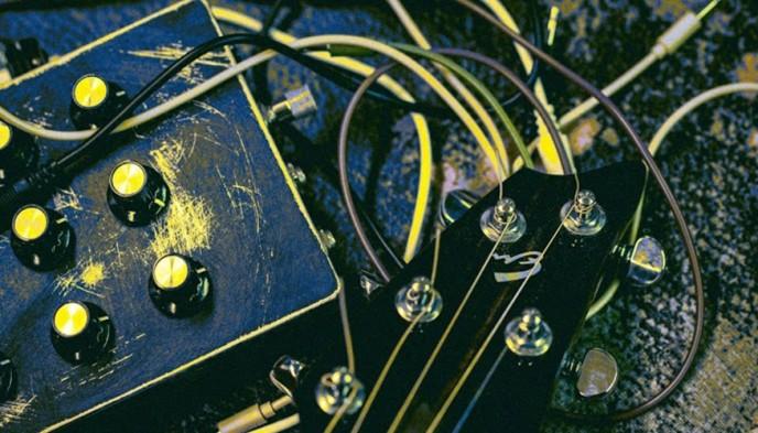 ailuros solar plex concerti sinestetici
